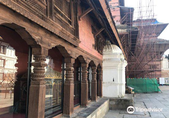The Tribhuvan, Mahendra, and Birendra Museums2