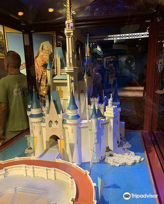 Walt Disney: One Man's Dream3