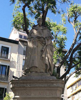 Plaza de Jacinto Benavente2