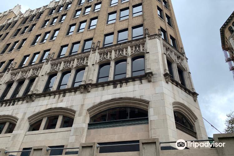 人壽保險公司大樓2
