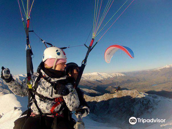 Coronet Peak Paragliding2