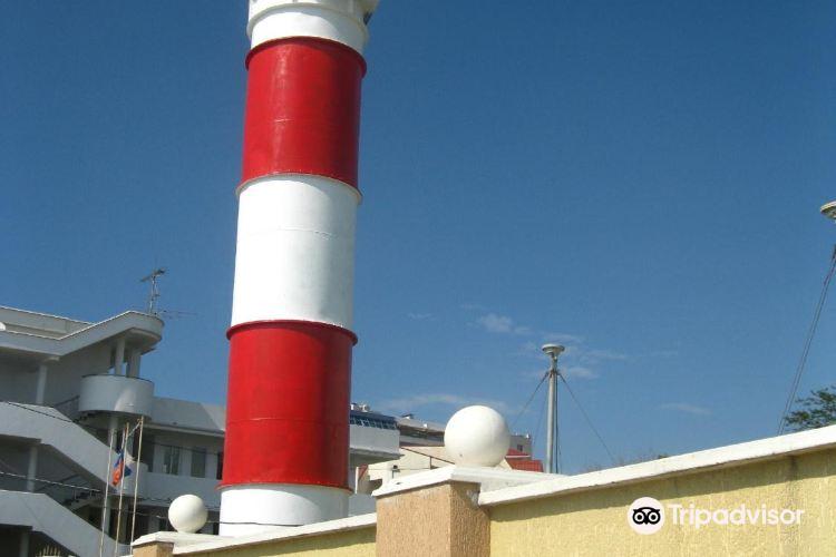 Adler Lighthouse3