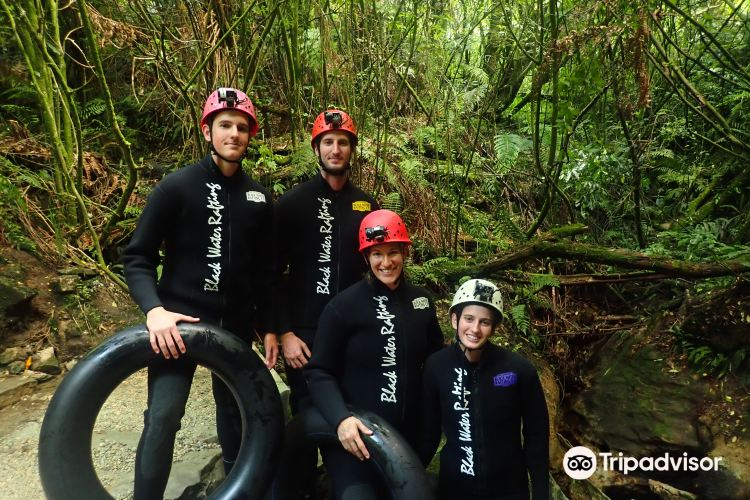 The Legendary Black Water Rafting Co1