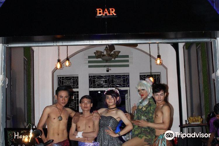 Generations Bar3