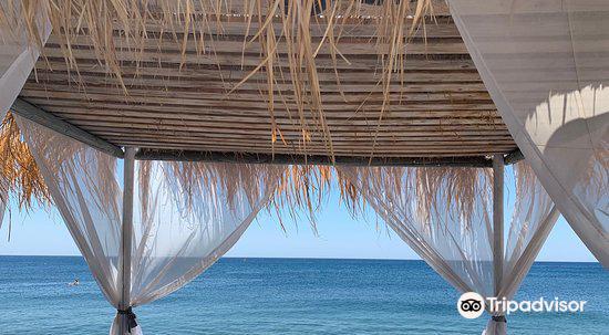Perivolos海灘2