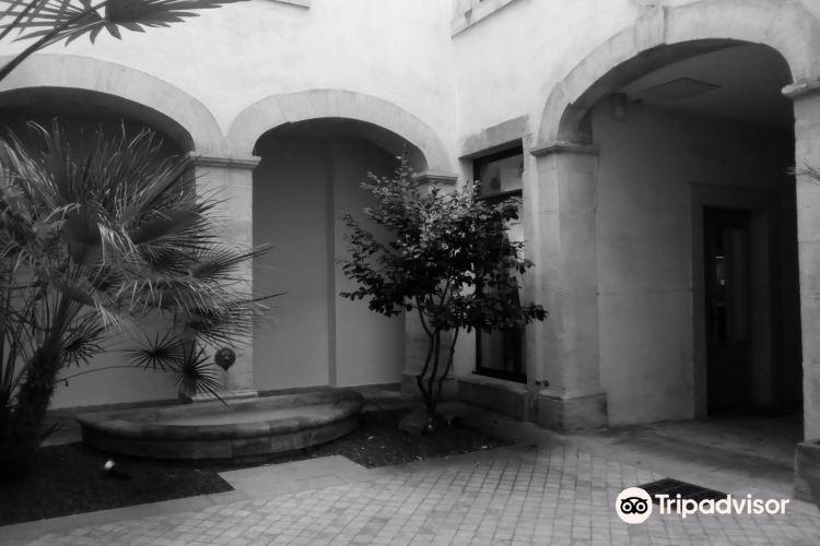 Memorial House (Maison des Memoires)1